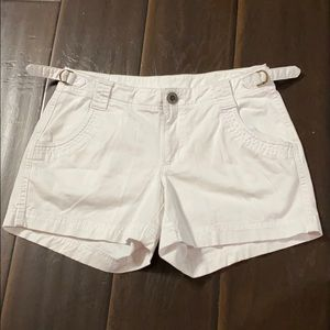 Athleta White Shorts sz 0